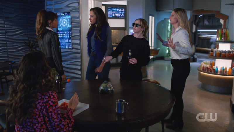 avalance breaks up hellfate's fight