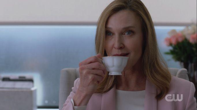 lillian sips tea