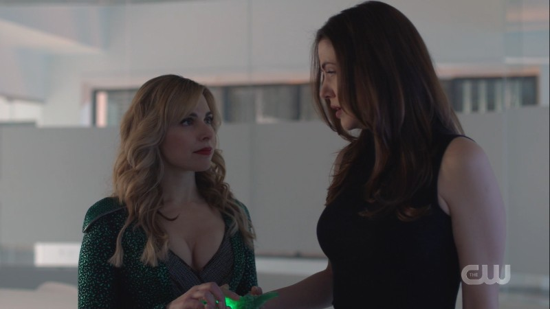 gemma and her boobs give andrea the kryptonite knife