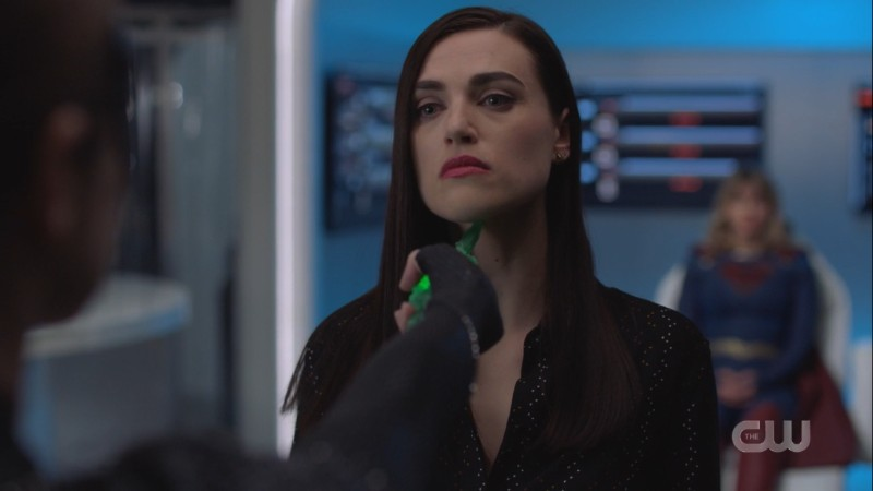 lena is prepared to die for supergirl