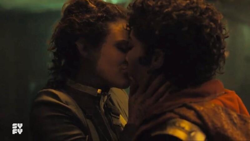 elida and amae kiss