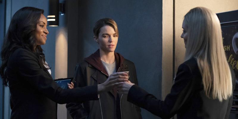 Batwoman's Dyke Drama Intensifies in the Penultimate Season 1 Episode