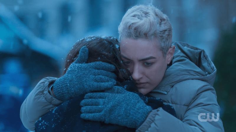 sterling hugs jess