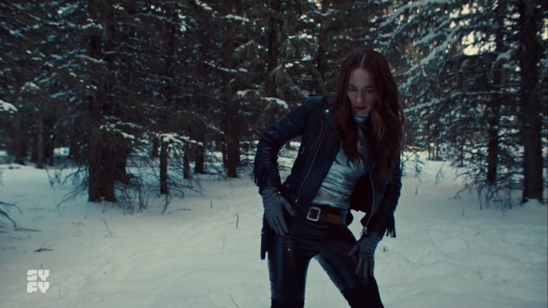 wynonna checks for her guns