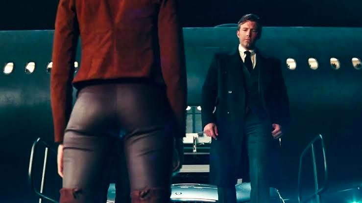 Wonder Woman's butt (again) in The Justice League