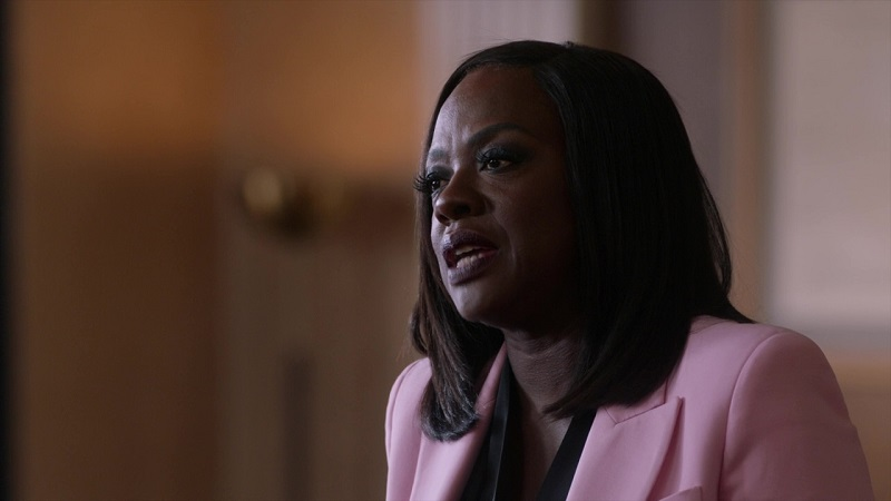 Annalise Keating in court looking divine in a carnation pink blazer