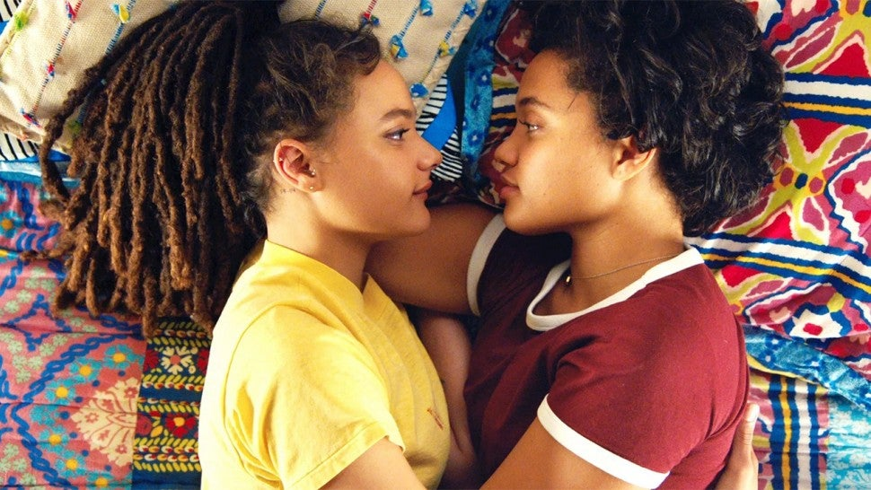 """Two girls lying in bed gazing into each other's eyeballs in """"Hearts Beat Loud"""""""