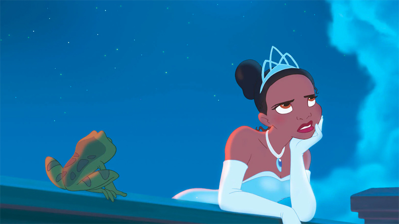 Tiana stands on the balcony with a frog prince and looks bored. Neither are high ranked bisexual Disney characters.