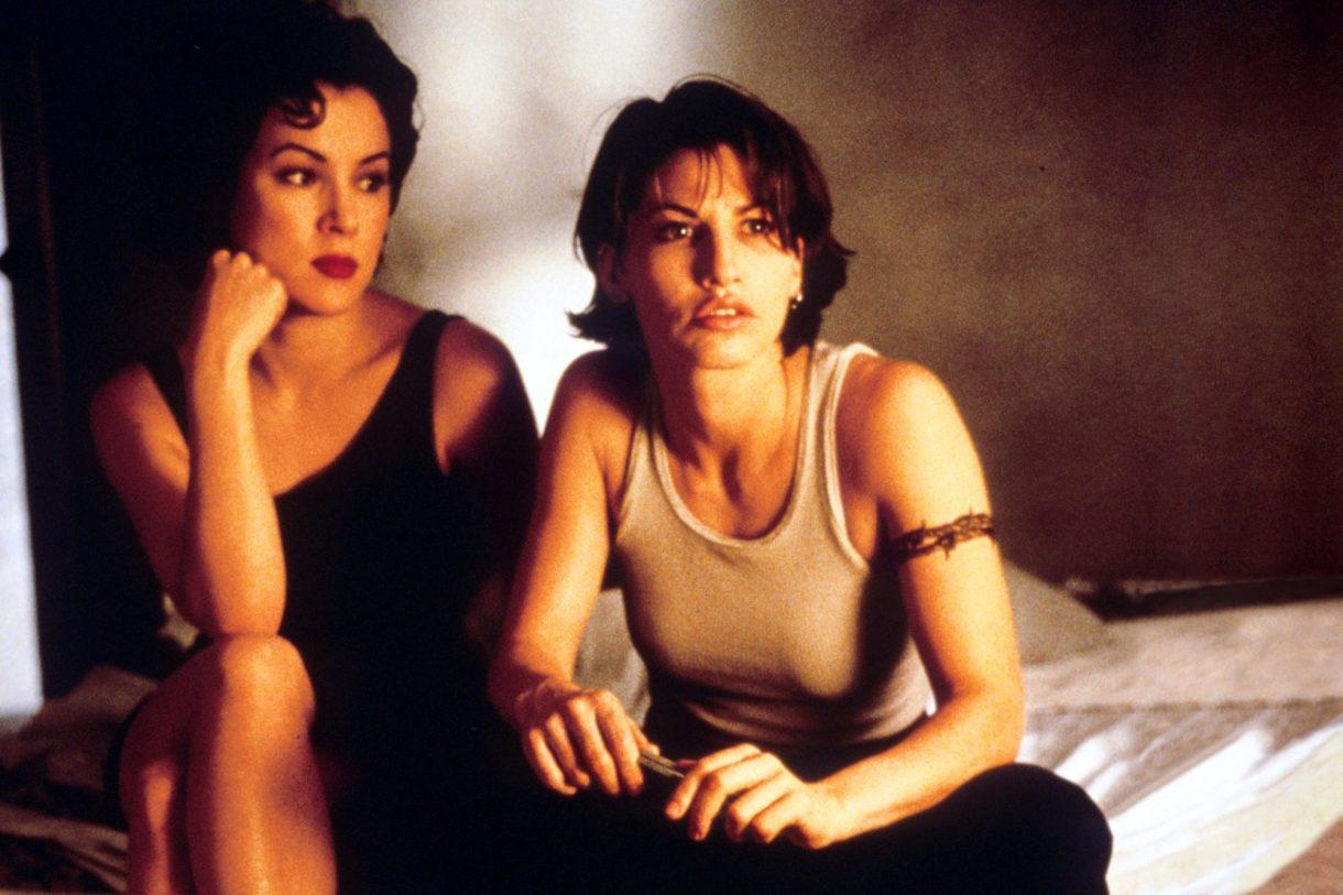 "Jennifer Tilly and Gina Gershon in ""Bound"""