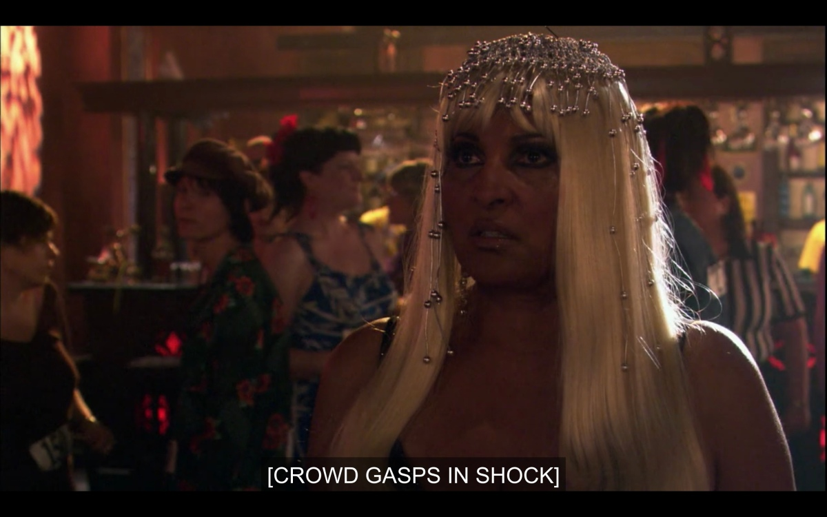 """Kit in a Cleopatra get-up in the audience as """"crowd gasps in shock"""""""