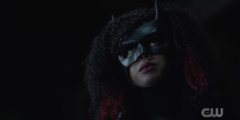 Batwoman 213 recap: Batwoman stares into the night