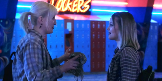 Cruel Summer: Mallory and Kate in the roller rink