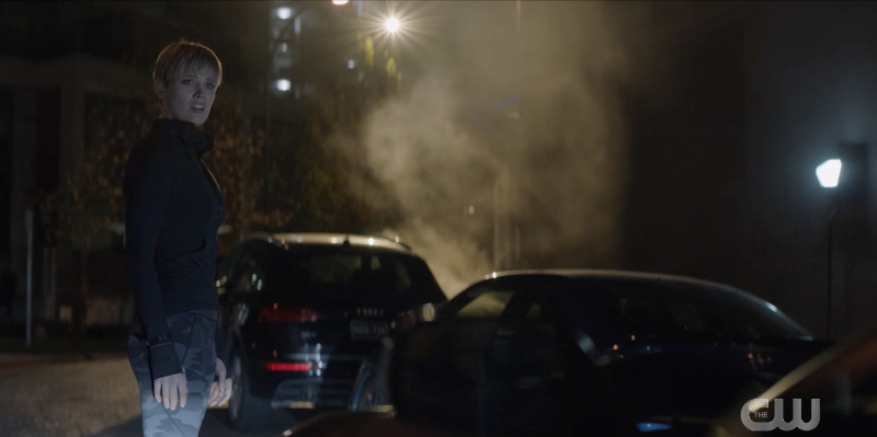 Batwoman recap: New Kate is next to a dark black car at night