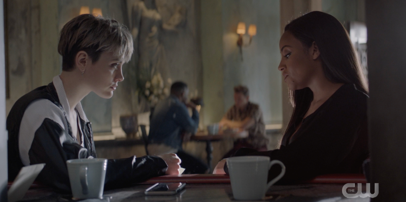 Batwoman recap: Sophie and CirceKate share a lunch together over some tea