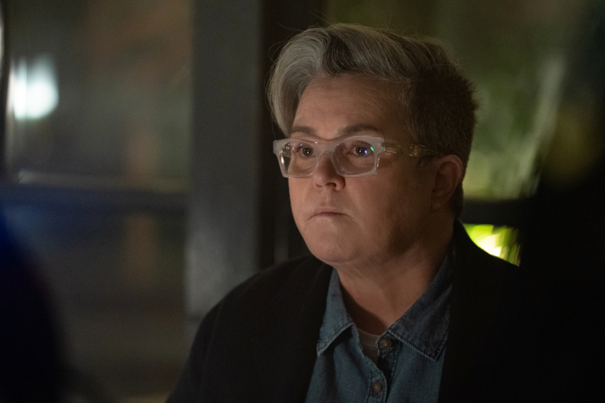Rosie O'Donnell as Carrie