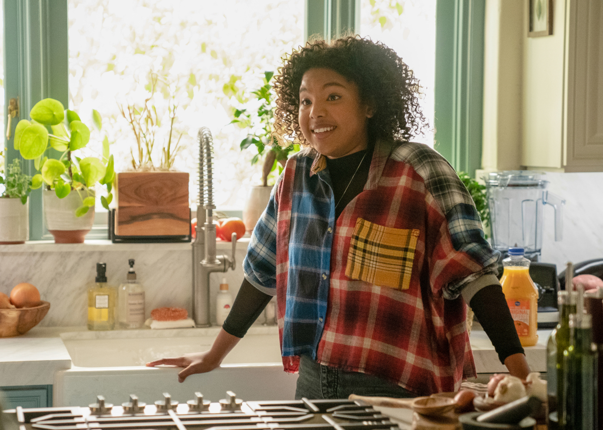 Jordan Hull as Angie in THE L WORD: GENERATION Q