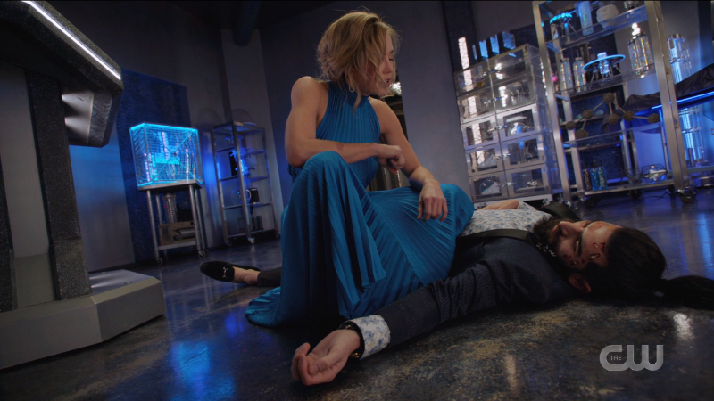 Legends of Tomorrow Episode 606: Sara power squats over Bishop's crumpled body.