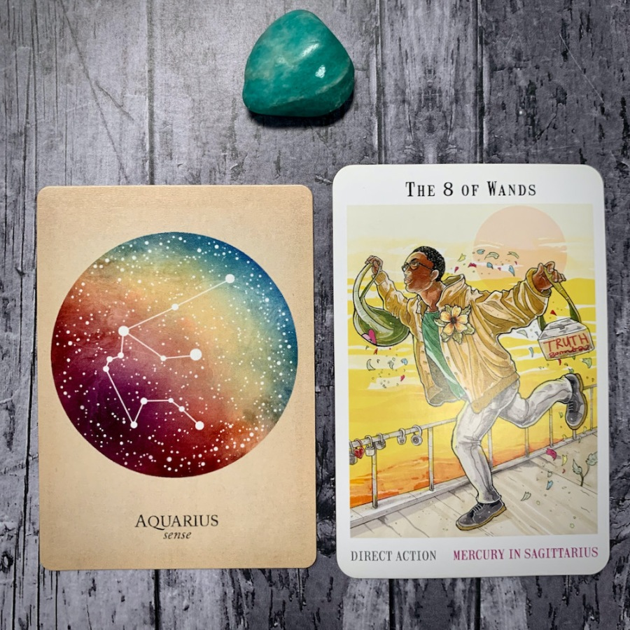 The Aquarius constellation card and Eight of Wands tarot card