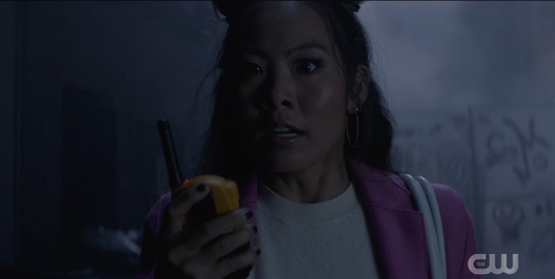 Batwoman season 2 finale recap: Mary looks shocked as she talks to Luke on her walkie-talkie