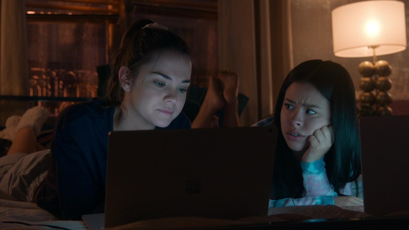 Callie and Mariana do a social media deep dive, this week on Good Trouble.