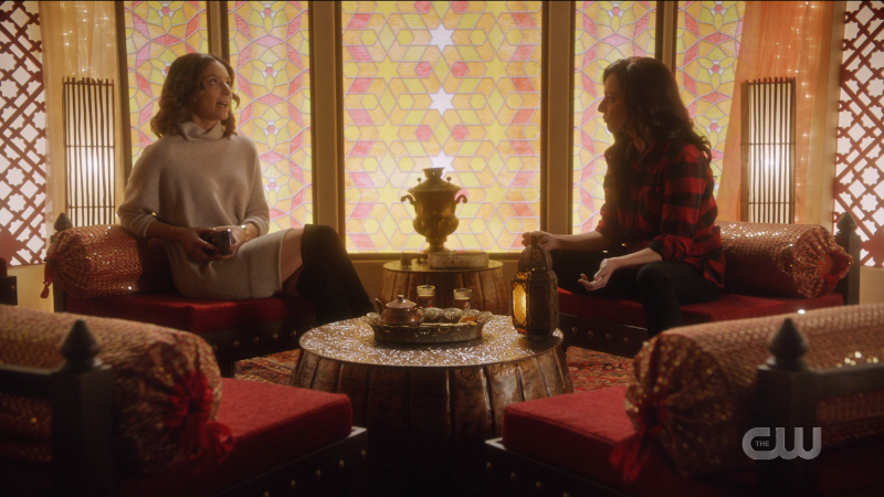 Legends of Tomorrow Episode 609: Zari 1 and Zari 2 hang out in the totem.