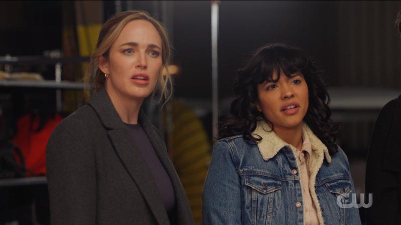 Legends of Tomorrow Episode 609: Sara and Spooner look surprised the alien is cute