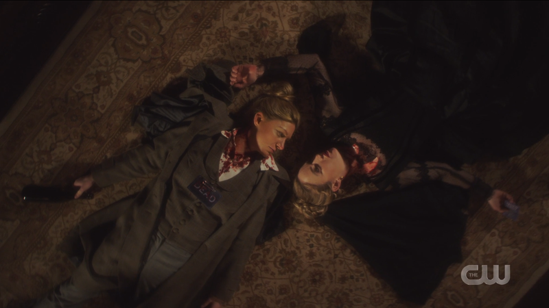 Legends of Tomorrow 612: Ava and Sara lay dead on the ground