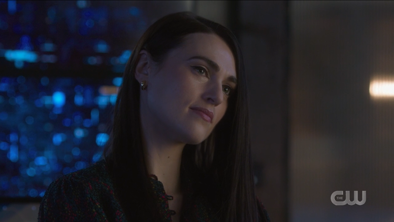 Lena Luthor gives Nia a knowing, sad look