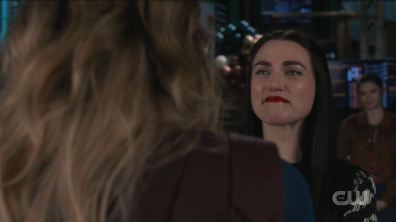 Supergirl Epsiode 608: Supercorp, Lena Luthor smiles at Kara Danvers with tears streaming down her face
