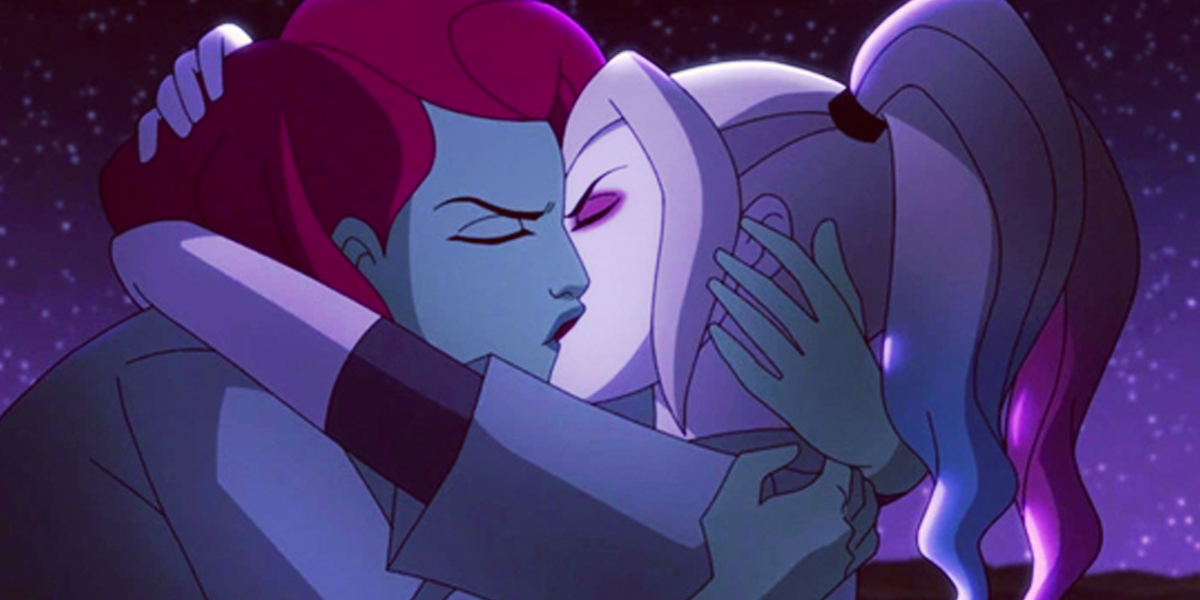 Harley Quinn and Poison Ivy kissing