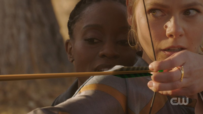 Isobel and Anatsa from Roswell New Mexico doing archery together (not a euphemism...yet)