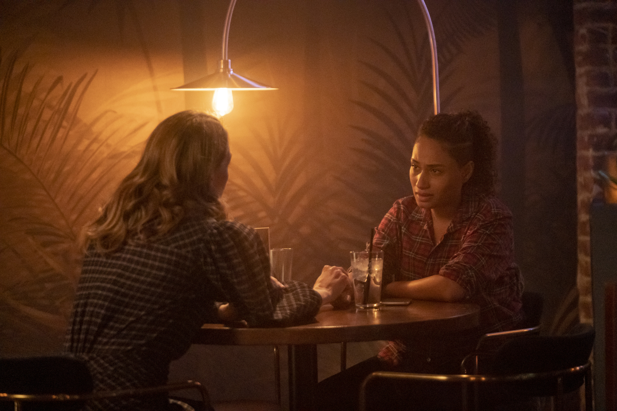 """(L-R): Jamie Clayton as Tess and Rosanny Zayas as Sophie in THE L WORD: GENERATION Q """"Last Dance"""". Photo Credit: Liz Morris/SHOWTIME."""