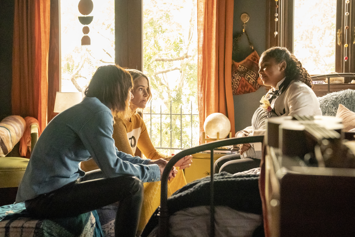 """(L-R): Katherine Moennig as Shane, Leisha Hailey as Alice and Jordan Hull as Angie in THE L WORD: GENERATION Q """"Last Dance"""". Photo Credit: Liz Morris/SHOWTIME."""