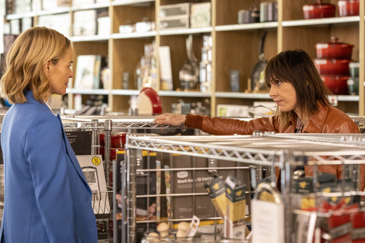"""(L-R): Leisha Hailey as Alice and Katherine Moennig as Shane in THE L WORD: GENERATION Q """"Last Call"""". Photo Credit: Paul Sarkis/SHOWTIME."""