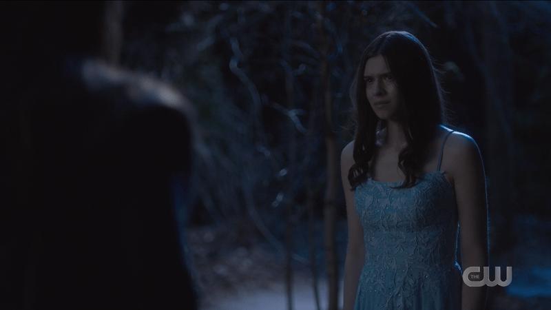 Supegirl recap 609: Nia in her pretty blue dress considers Nyxly's offer