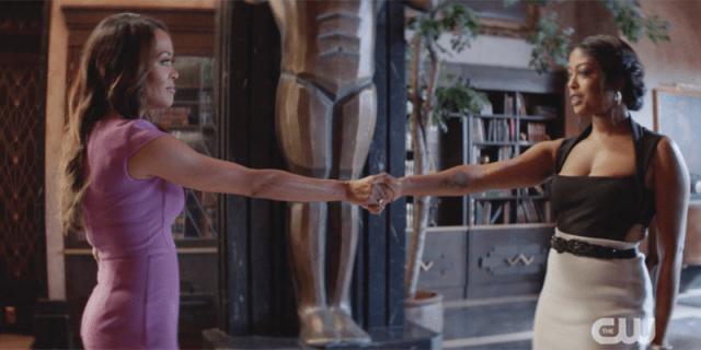 Ryan shakes her mom's hand