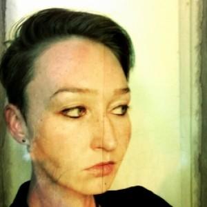 Profile gravatar of Raven Celia