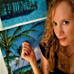 Profile picture of Maia Simone